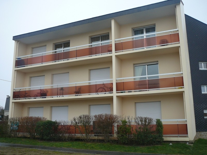 Appartement T1 BIS PLANCOET avec parking