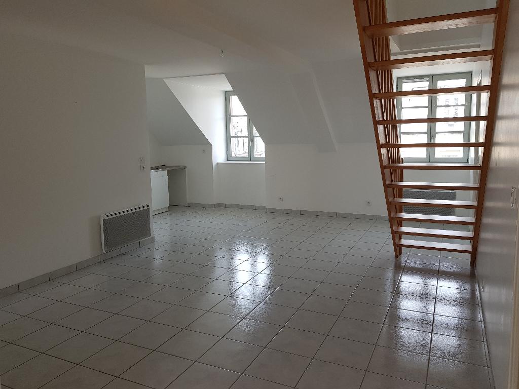Appartement Dinan  Centre 5 pièces 93 m2