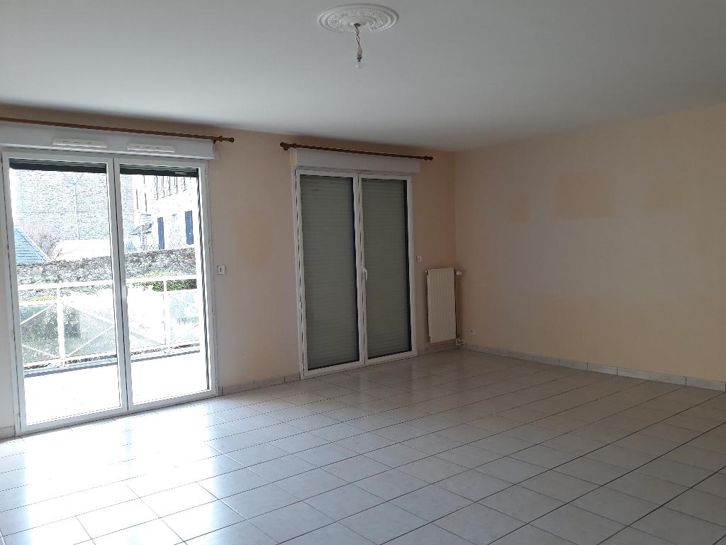 PLANCOET APPARTEMENT T3 93 m²