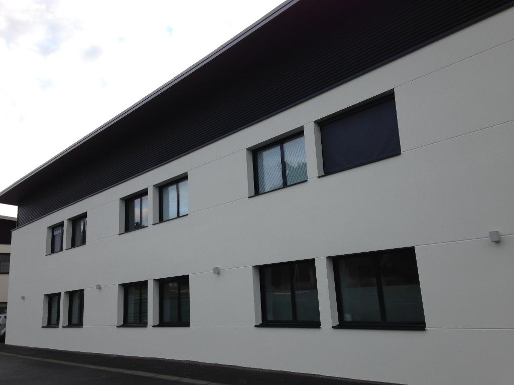 DINAN : LOCAL au rdc 55 m²