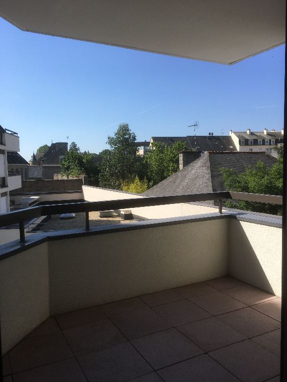 DINAN : Appartement T2 Place Duclos