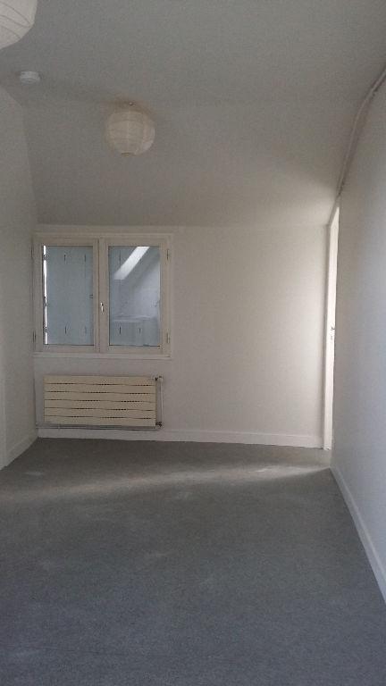 Appartement Dinan 2 pièce(s) 25.4m2