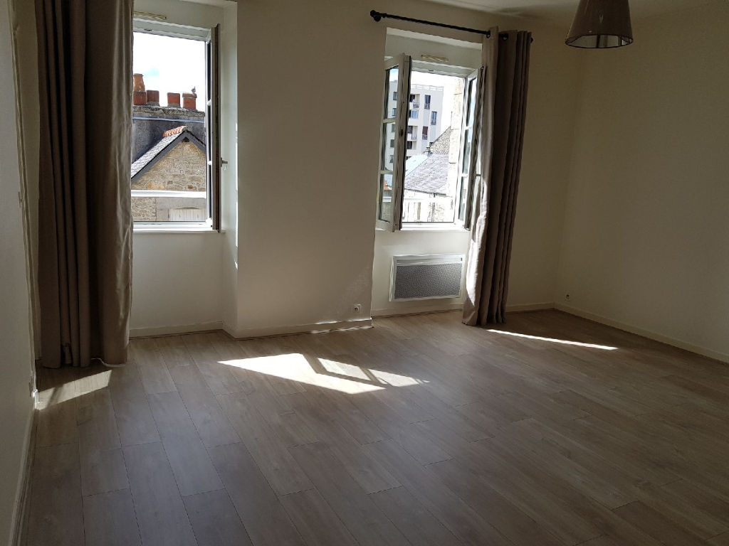 APPARTEMENT T2 DINAN Centre 46 M2